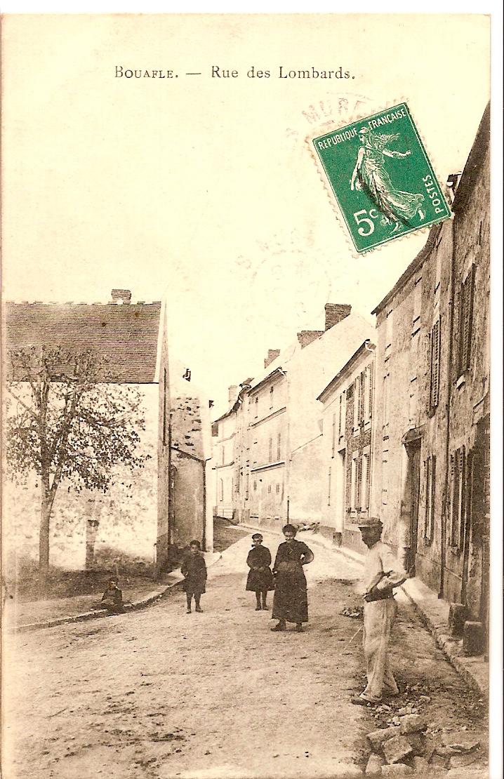 Bouafle-Rue-des-lombards--lintersection-avec-la-rue-des-Caverneaux