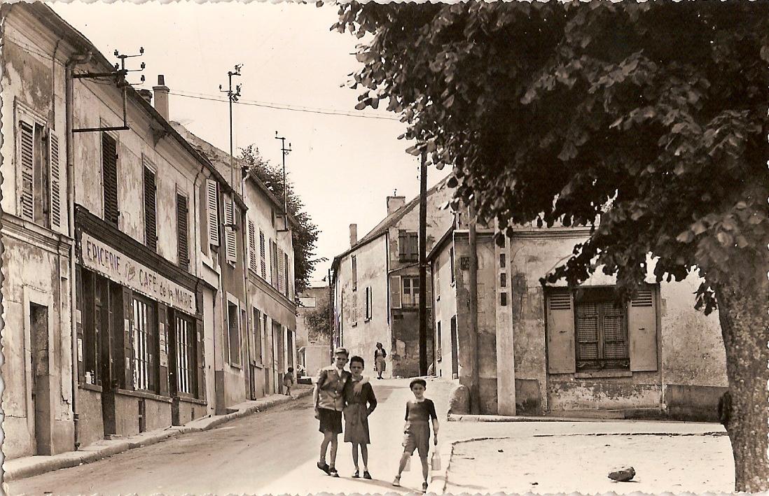 Bouafle-caf-de-la-Mairie-vers-1955