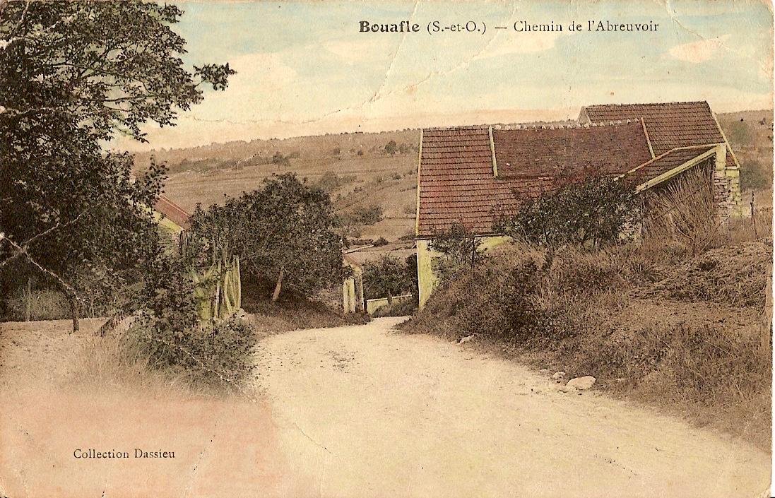 Bouafle-chemin-de-lAbreuvoir-actuellement-rue-de-Saint-Germain