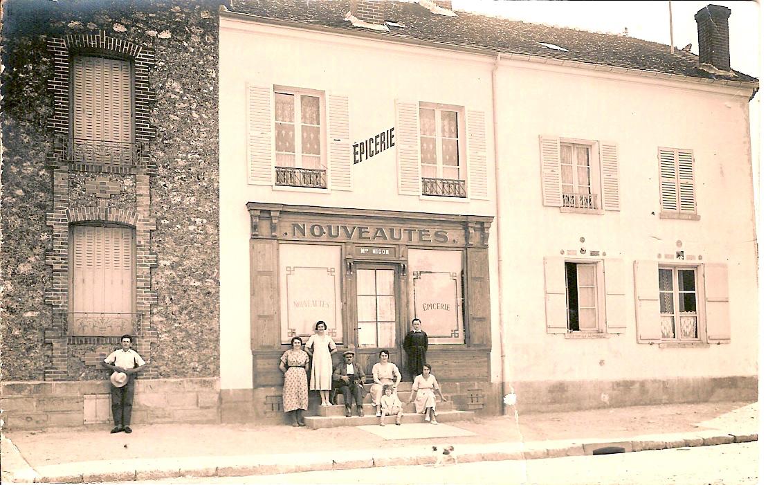 Bouafle-maison-Nigon-place-de-lglise