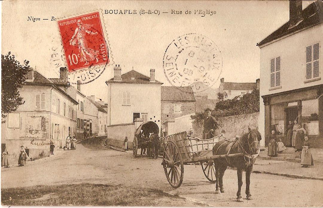 Bouafle-rue-de-lglise-avec-2-charettes-et-Lucienne