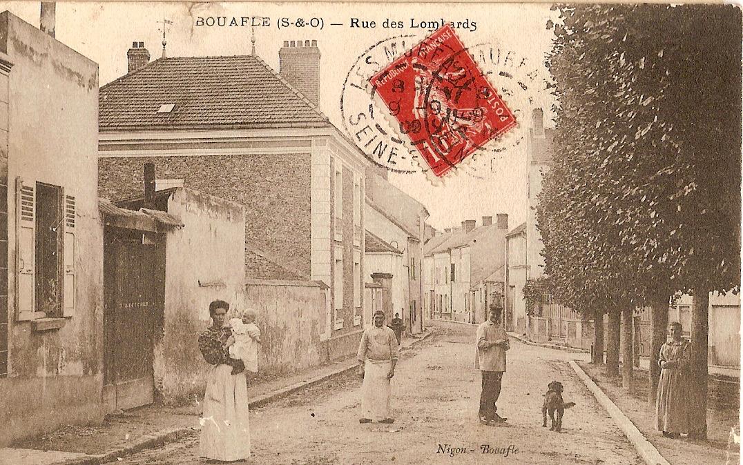 Bouafle-rue-des-Lombards-vue-depuis-la-place-Erambert