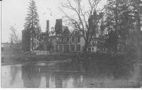 Dives-cour-du-chteau-aprs-1917-carte-allemande