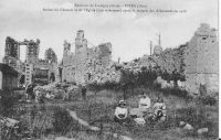 Dives-ruines-du-chteau-et-de-lglise-en-1918